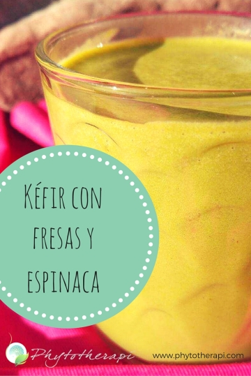 Strawberries and Greens Kefir-SPANISH